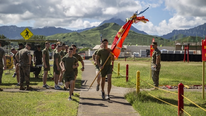 Lava Dogs Honor the Fallen during a Memorial Run