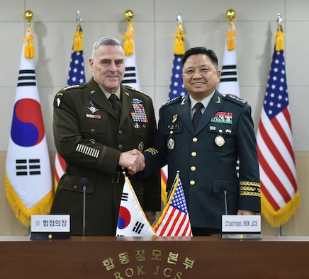 Army Gen. Mark A. Milley, chairman of the Joint Chiefs of Staff, and Chairman of the Republic of Korea Joint Chiefs of Staff Gen. Hanki Park pose for a photo during the 44th Republic of Korea and U.S. Military Committee Meeting at the Ministry of National Defense in Seoul, Republic of Korea, Nov. 14, 2019.