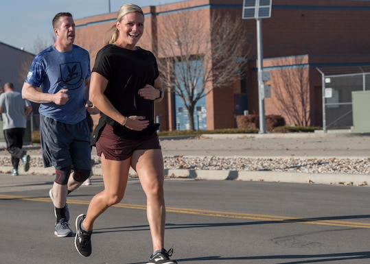The 124th Fighter Wing Airman and Family Readiness Office hosts the 2nd Annual Gowen Field Turkey Trot at Gowen Field, Boise, Idaho, Nov. 8, 2019. The event brings together Airmen, Soldiers, civilians, and families for a 5k fun run. (U.S. Air National Guard photo by Senior Master Sgt. Joshua C. Allmaras)
