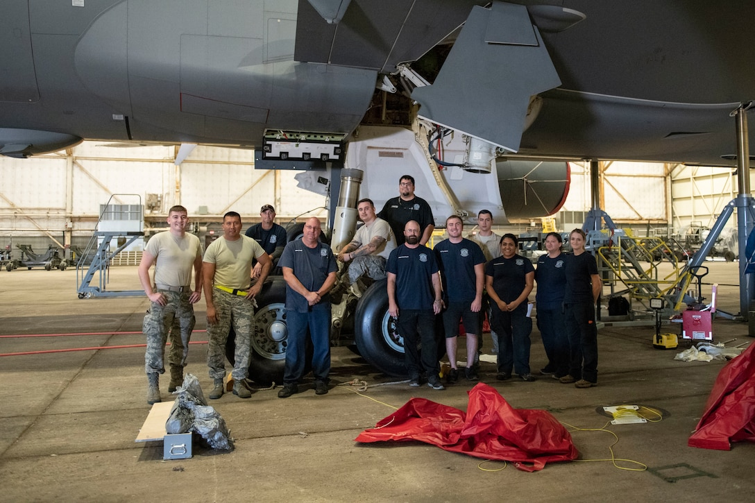KC-46 strut removed for first time