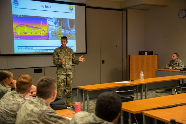 U.S. Air Force Col. Steve Snelson, the 6th Air Refueling Wing commander, speaks to Air Force Reserve Officer Training Corps (ROTC) cadets from the 158th Cadet Wing at the University of South Florida, Nov. 12, 2019. Snelson spoke about his experience in the ROTC, and what it takes to be a commissioned officer in the U.S. Air Force.
