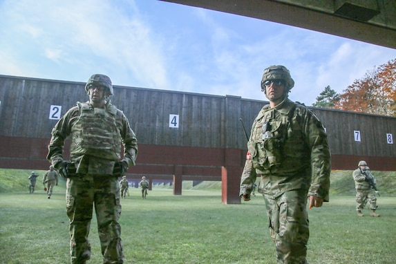 7th MSC Soldiers conduct weapons training, range operations