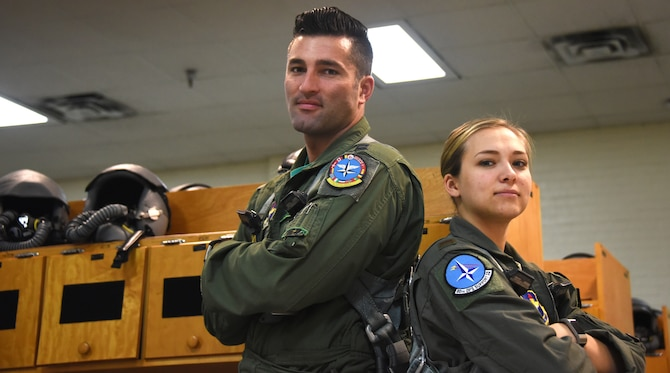 Pilots display height difference