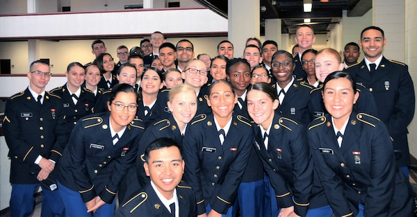 Mission Thanksgiving 2019 was declared a success, as more than 300 community members volunteered to host more than 800 Soldiers from the U.S. Army Medical Center of Excellence at Joint Base San Antonio-Fort Sam Houston Nov. 28. For many young Soldiers attending training at JBSA-Fort Sam Houston, Thanksgiving was be their first major holiday away from their home and family.