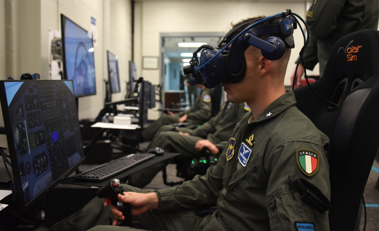 Student pilot participates in mixed reality