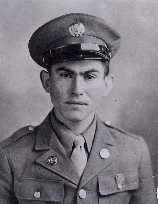 Black and white photo of Army Pvt.Pedro Cano in a World War II uniform.