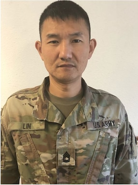 SFC Jimmy Lin, DLI Chinese Military Language Instructor, has been recognized as a TRADOC Hero of Week. Lin was named the Monterey County, CA Kiwanis Military and Civilian Teachers of the Year, respectively. The awards are representative of the partnership between the Institute and the greater Monterey community.    