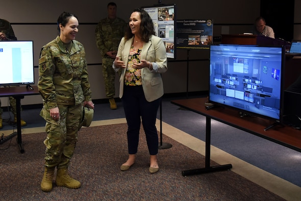 Air Force Installation Contracting Center commander visits the U.S. Air Force Expeditionary Operations School