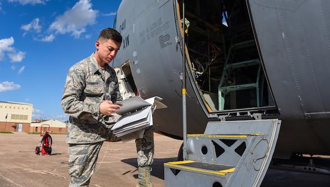 Hanson aces 365th Training Squadron's instruments and flight controls apprentice course