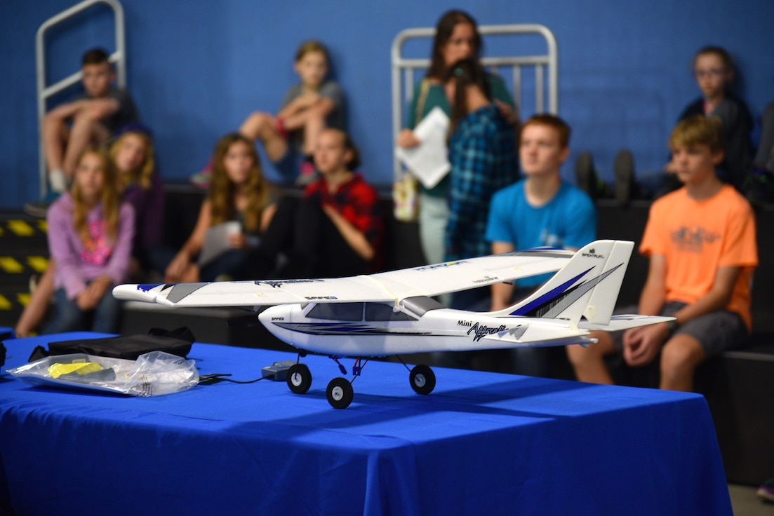 Students learn about flight.