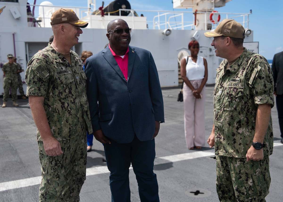 Dr. Timothy Harris, Prime Minister of St. Kitts and Nevis, visits USNS Comfort.