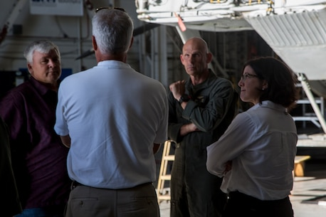 Asst. Secretary of Defense (Readiness) Daigle visits I MEF Units
