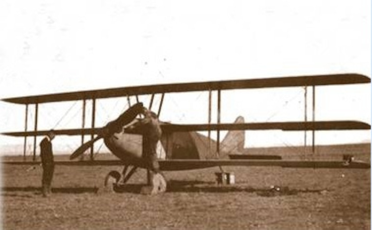 "Curtiss ""Wasp"", first aircraft to fly in Bolivia"