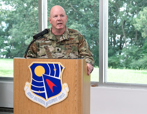 : Lt. Col. Jeffrey Burdette speaks after accepting leadership of the AEDC Test Systems Sustainment Division during an Assumption of Leadership Ceremony Aug. 9 at Arnold Lakeside Center on Arnold Air Force Base. (U.S. Air Force photo by Jill Pickett)
