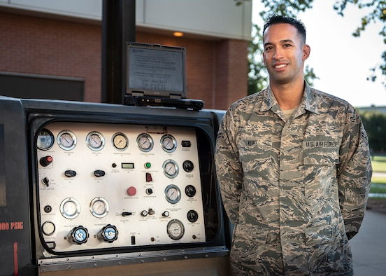 Airman 1st Class Charles Kohl, 361st Training Squadron aerospace ground equipment apprentice course graduate, poses for a picture at Sheppard Air Force Base, Texas, Oct. 8, 2019. Kohl was awarded the Ace award for receiving 100 percent scores on all 15 block tests during the AGE course. (U.S. Air Force photo by Airman 1st Class Pedro Tenorio)