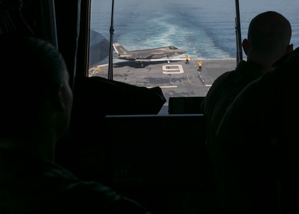 3rd MAW General tours the USS America