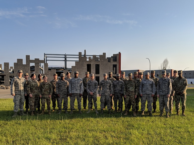 Maintainers, Defenders team up for advanced readiness training