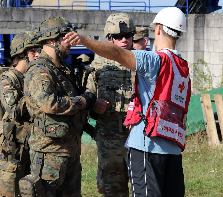 Disaster relief exercise tests German, American first responders