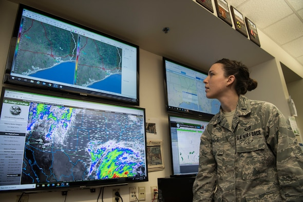 "1st Lt. Veronica Arnold, 47th Operations Support Squadron weather flight commander, studies a weather model for the local area at Laughlin Air Force Base, Texas, Oct. 17, 2019. Arnold was chosen by wing leadership to be the ""XLer of the Week"" of Oct. 7, 2019. (U.S. Air Force photo by Senior Airman Marco A. Gomez)"