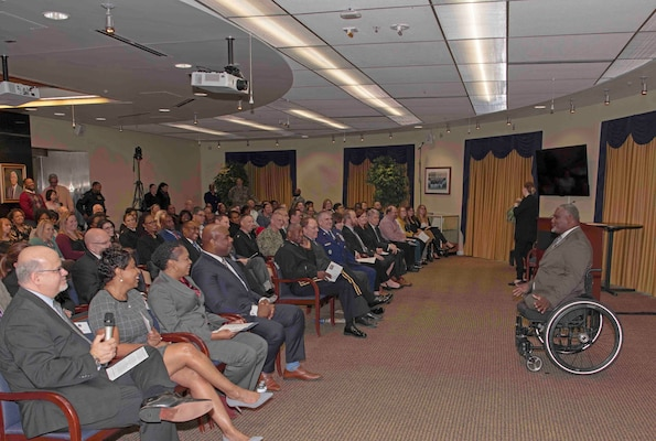 Retired Army Col. Gregory D. Gadson, a bilateral above-the-knee amputee, speaks to DLA employees.