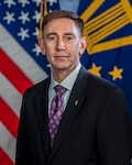 Portrait of Defense Logistics Agency Deputy Commander