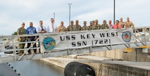 Governor of Guam Visits Submarine Squadron Fifteen