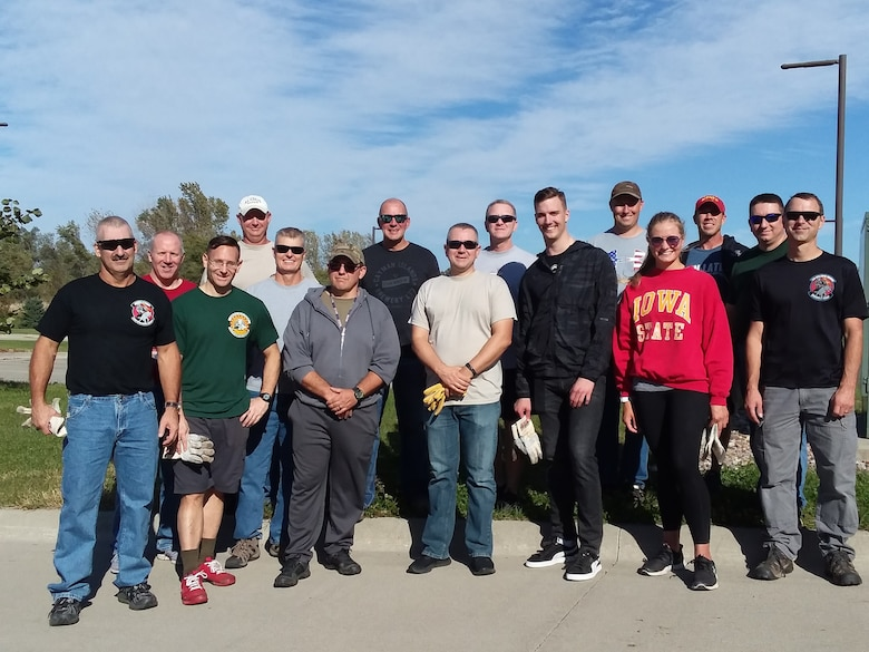 Members of the 132d Intelligence Surveillance Reconnaissance Group pose for a group photo after volunteering with the at the Mid-Iowa Council Fred Maytag II Scout Center, October 18, 2019, in Des Moines, Iowa. The Airmen helped prepare the center for winter. (Courtesy Photo)