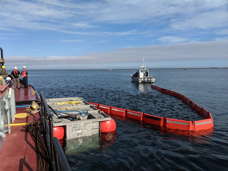 Crews deploy an oil spill skimmer while participating in an exercise as part of the Northwest Oil Spill Control Course. As part of an international cooperation to prepare for a hazardous spill response on Puget Sound, Seattle District participated in the Northwest Oil Spill Control Course hosted by the United States Coast Guard, District 13 August 26-30. (USACE photo by Brad Schultz)
