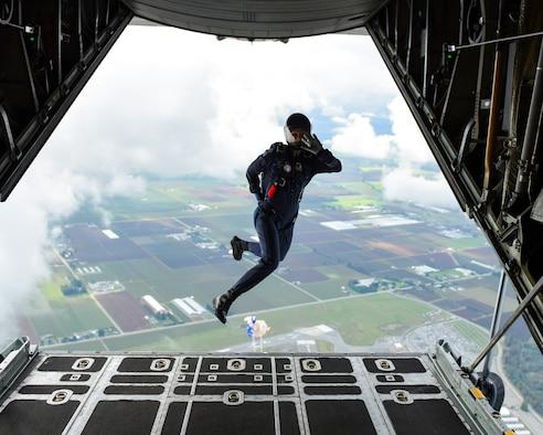 All-female C-130H crew participates in international air show