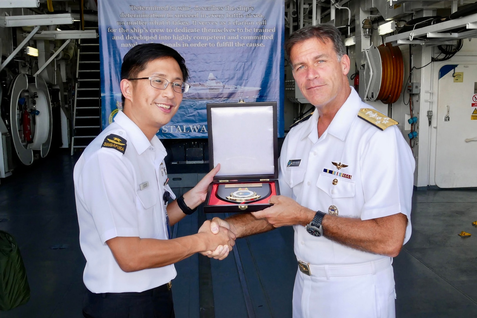 Pacific Fleet Commander Visits Singapore to Strengthen Partnerships
