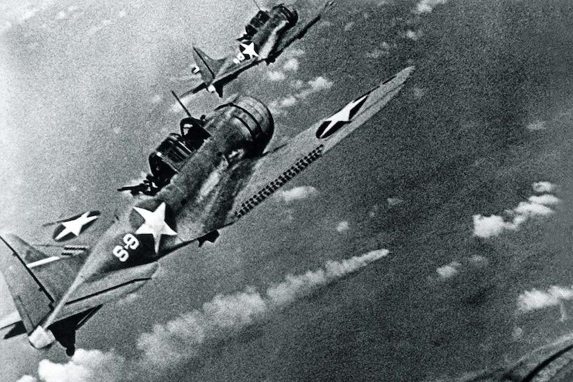 WW2 B/&W Photo US Navy Damaged Dive Bomber USS Yorktown WWII Photo World War Two