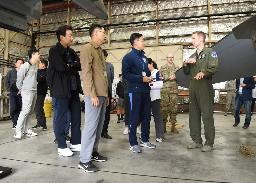 Maj. Michael Ress, 36th Fighter Squadron F-16 Fighting Falcon pilot, talks with members of the Republic of Korea Air Force legal team during a Friendship Day with U.S. Air Force legal teams from Osan and Kunsan Air Bases, ROK, October 23, 2019. The purpose of the day was to give both counterparts the opportunity to spend time together and strengthen the ties between the two nations. (U.S. Air Force photo by Senior Airman Denise M. Jenson)