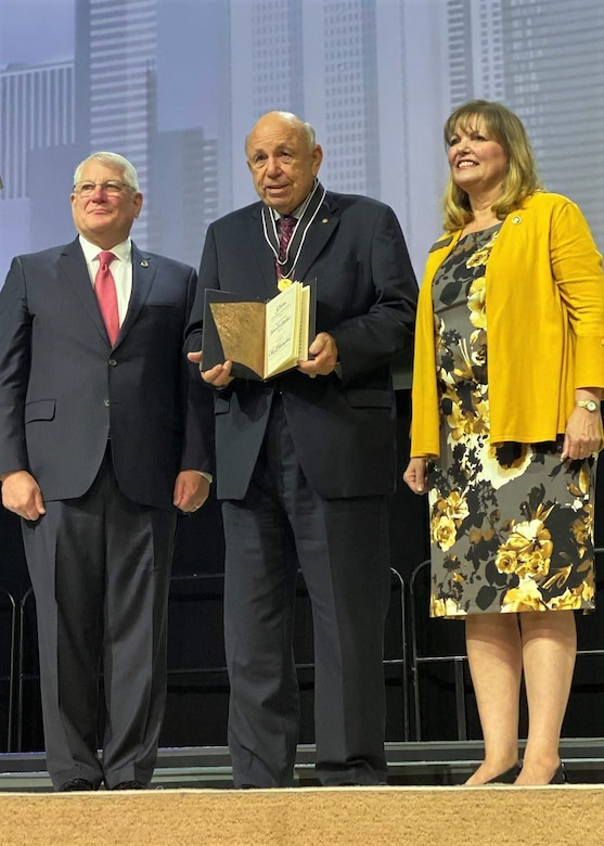 Army Reserve ambassador awarded prestigious medal named after own war hero