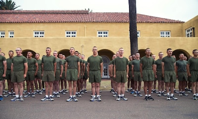 New Marines with Hotel Company, 2nd Recruit Training Battalion, sing along to their drill instructors' cadence during a motivational run at Marine Corps Recruit Depot San Diego, Aug. 29.