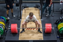 U.S. Marines and civilians aboard Marine Corps Air Station (MCAS) Yuma compete in a weight lifting contest at theMCAS Yuma Station Gym on August 28, 2019. The competition consisted of 3 maximum repititions of squats, bench press, and then deadlifts. (U.S. Marine Corps photo by Lance Cpl. John Hall)