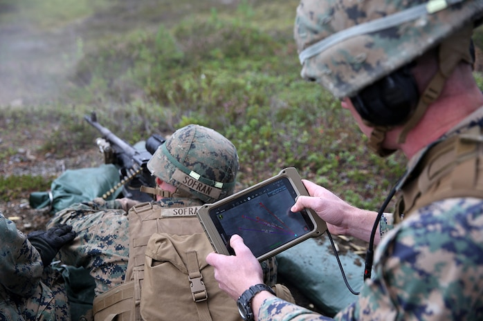 Handheld tablet improves situational awareness