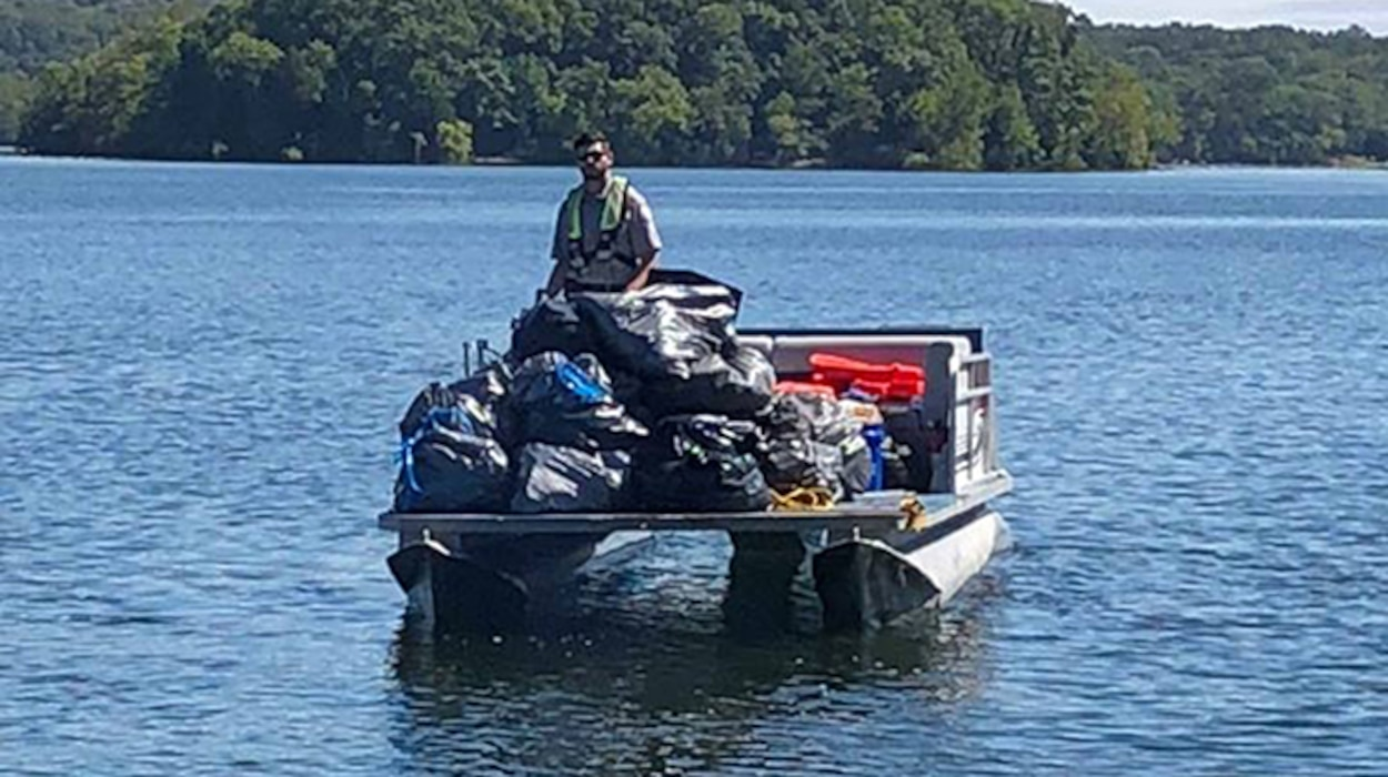 "The U.S. Army Corps of Engineers Nashville District is enlisting the support of volunteers at its lakes on the Cumberland River and its tributaries in support of the 26th Annual National Public Lands Day. While the official day of the event is Sept. 28, 2019, not all events fall exactly on this date. The national theme for this year's event is ""Connecting to Nature through Service."" It is the largest volunteer hands-on restoration activity of its kind where people do clean up, repair, construction and refurbishment in public parks, forests, rivers, lakes, wetlands, and cultural and historic sites. (USACE photo by Amber Jones)"