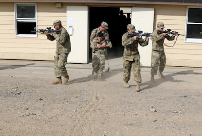 Soldiers of the 2nd Battalion, 130th Infantry Regiment, Illinois Army National Guard, participate in Combat Life Saver drills during Rising Thunder 19, Sept. 3, 2019 at the Yakima training Center in Yakima, Washington.