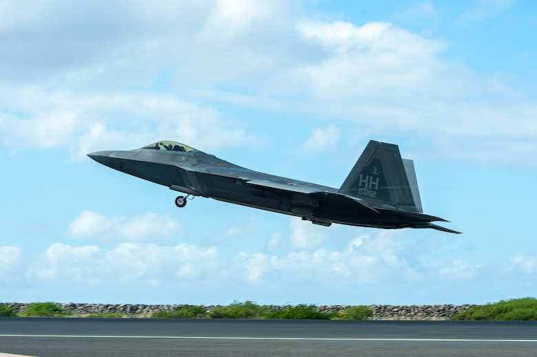 A Hawaii Air National Guard F-22 Raptor takes off at Joint Base Pearl Harbor-Hickam, Hawaii, Aug. 21, 2019 during fighter exercise Sentry Aloha 19-2.