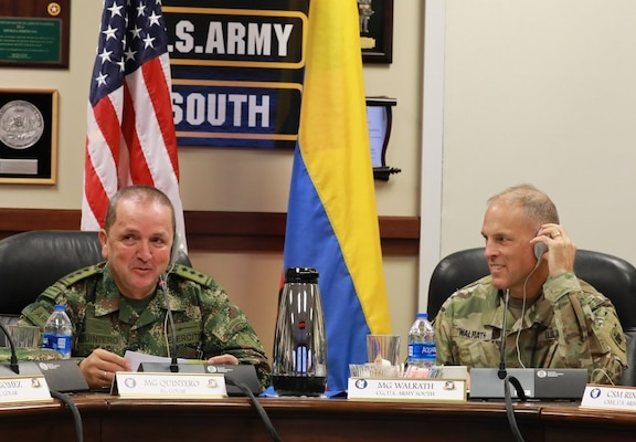 Maj. Gen. Oscar Alberto Quintero Gonzales (left), Inspector General of the Colombian Army, meets with Maj. Gen. Daniel Walrath, U.S. Army South commander during the bilateral staff talks hosted by U.S. Army South at Fort Sam Houston from Sept. 5-6. U.S. Army South, as the U.S. Army's executive agent, hosted bilateral staff talks with Colombian army leaders Sept. 5-6 at Joint Base San Antonio-Fort Sam Houston, to develop professional partnerships and increase interaction between armies. These talks will strengthen and plan future strategic, operational, and security agreements.