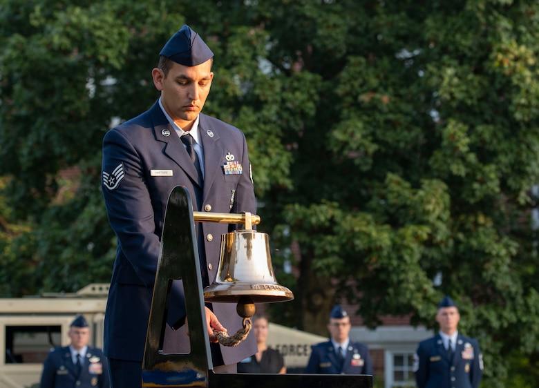 Airmen rings bell