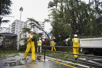 Commander, Fleet Activities Yokosuka Responds to Typhoon Faxai