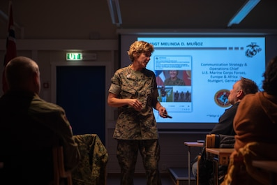 Master Sgt. Melinda D. Muñoz, Marine Forces Europe and Africa communication strategy and operations chief, speaks to Norwegian veterans at a Norwegian Veterans Association for International Operations event at Setnesmoen in Møre og Romsdal, Norway, Sept. 6, 2019