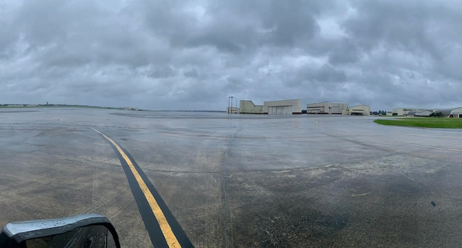 Empty flight line