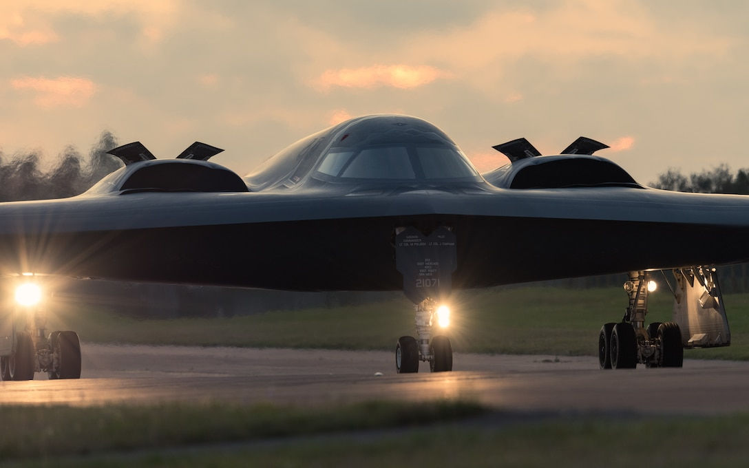 A B-2 Spirit Stealth Bomber taxis down a runway