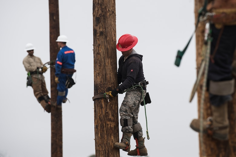 Airmen prepare for pole-top rescue training