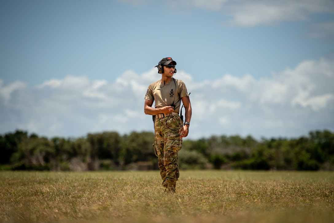 U.S. Army Private First Class Ponce De Leon Allen Camden, 2-113th Infantry fly away security member, pulls security for a 75th Expeditionary Airlift Squadron operation at Camp Simba, Kenya, Aug. 26, 2019. The Army unit travels with the 75th Expeditionary Airlift Squadron as a joint service effort to ensure the safety of Air Force assets during operations. (U.S. Air Force photo by Staff Sgt. Devin Boyer)