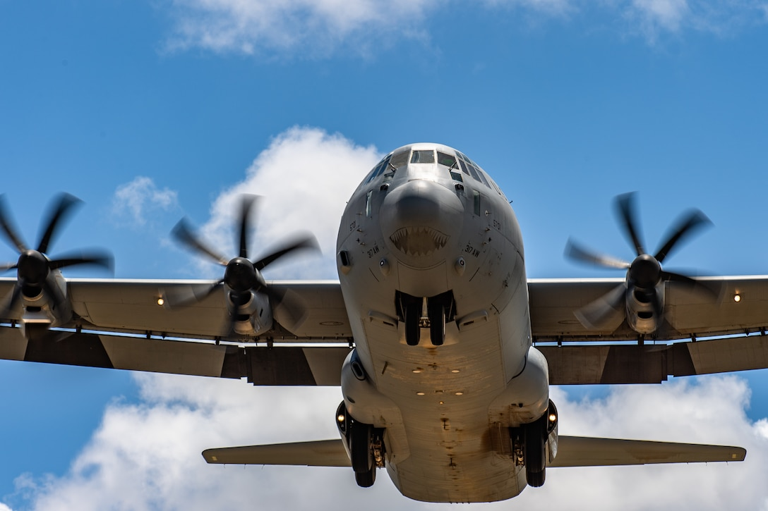 A U.S. Air Force C-130J Super Hercules approaches for landing at Camp Simba, Kenya, Aug. 26, 2019. The aircrew, assigned to the 75th Expeditionary Airlift Squadron, transport cargo and personnel for the 475th Expeditionary Air Base Squadron at Camp Simba. (U.S. Air Force photo by Staff Sgt. Devin Boyer)