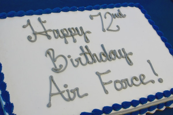 A birthday cake for the Air Force's 72nd birthday.