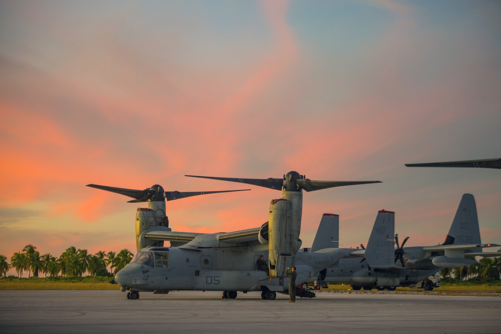 Marine Rotational Force – Darwin Marines Conduct Trans-Pacific Flight in MV-22 Ospreys